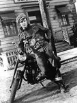 the-wild-one-marlon-brando_a-G-13842059-8363143.jpg