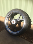 front wheel shine (Small).png