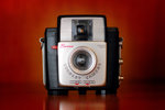 how_the_brownie_camera_made_everyone_a_photographer_1050x700.jpg